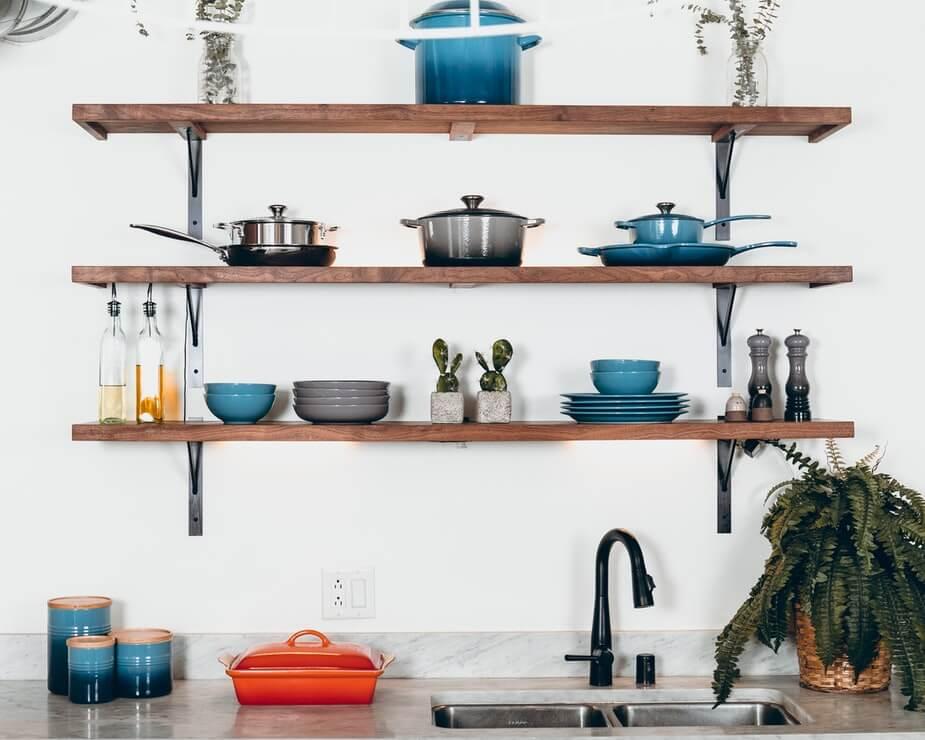 cuisine vaisselle Comment décorer sa cuisine avec un budget limité ?