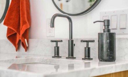 Comment changer un robinet de lavabo de salle de bain